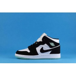 "Air Jordan 1 Mid ""Panda"" BQ6931-103 Black White Green"